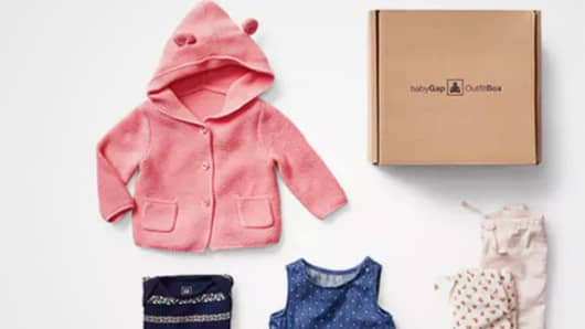 There's more at deutschviral.ml including Petites and Tall sizes, kids slim and husky sizes, and baby bedding. You'll also find your favorite T-shirts, jeans, shirts, outerwear and accessories. Gap has everything you need for the season.