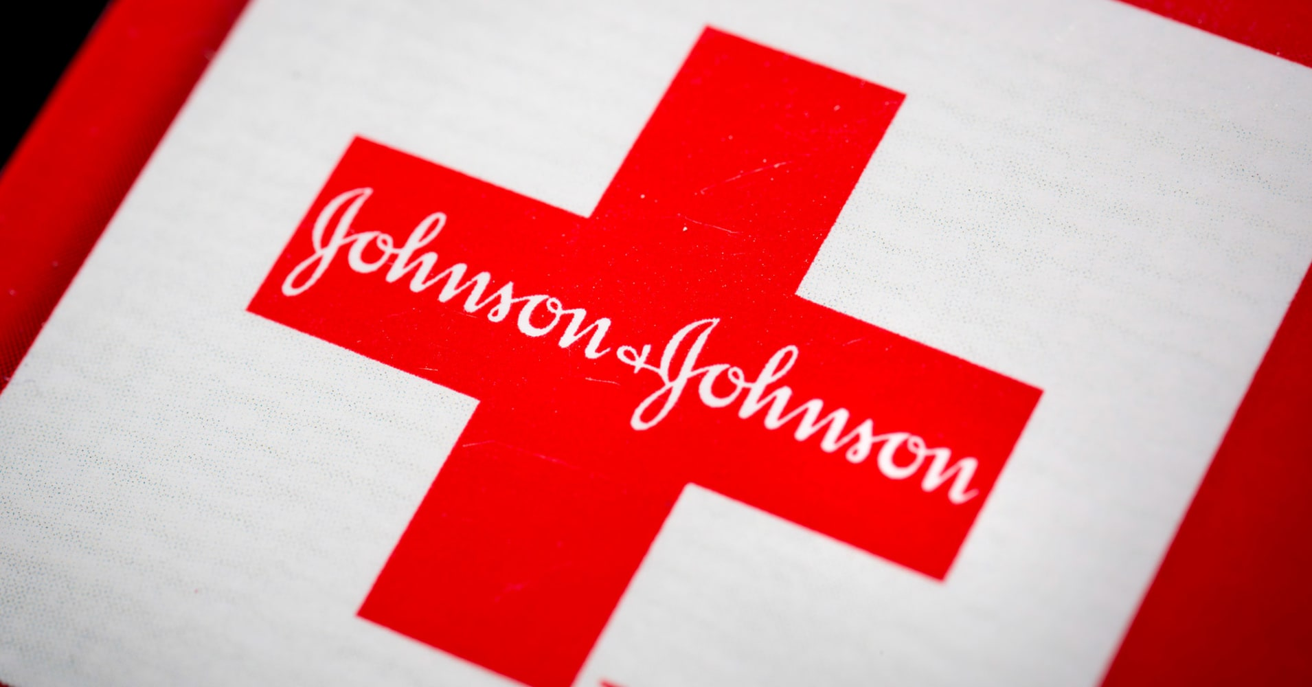 J&J's market value plunged after report on asbestos in its baby powder