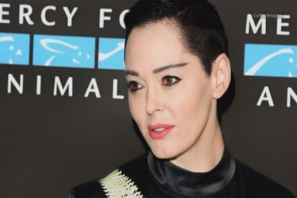 Some call for Twitter boycott after Rose McGowan is temporarily suspended