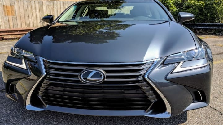 The front of the Lexus GS200t