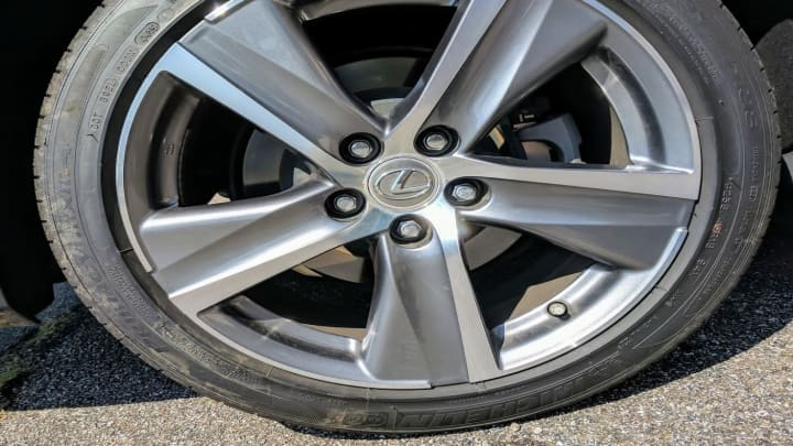 Tires on the Lexus GS200t