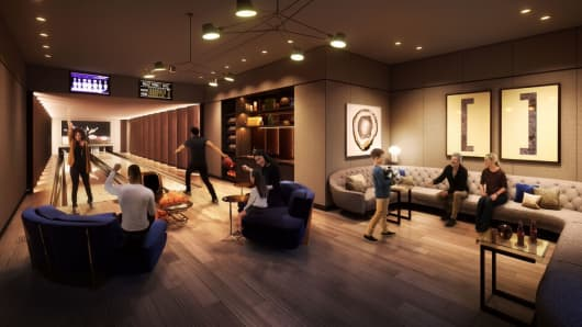 Two-lane Bowling alley and lounge at One Manhattan Square's sports club