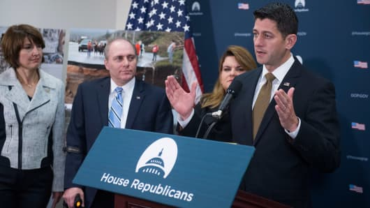 From left, Rep. Cathy McMorris Rodgers, R-Wash., House Majority Whip Steve Scalise, R-La., Resident Commissioner Jenniffer González-Colón, R-Puerto Rico, and Speaker Paul Ryan, R-Wis., conduct a news conference in the Capitol on disaster funding for hurricane ravaged Puerto Rico and the California wild fires on October 11, 2017.