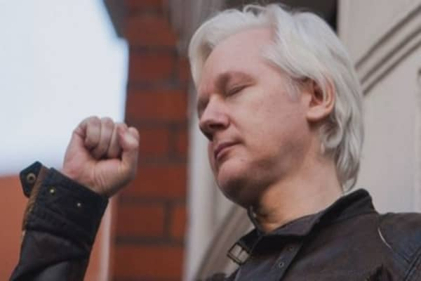 Julian Assange thanks the US government for 50,000% return on bitcoin