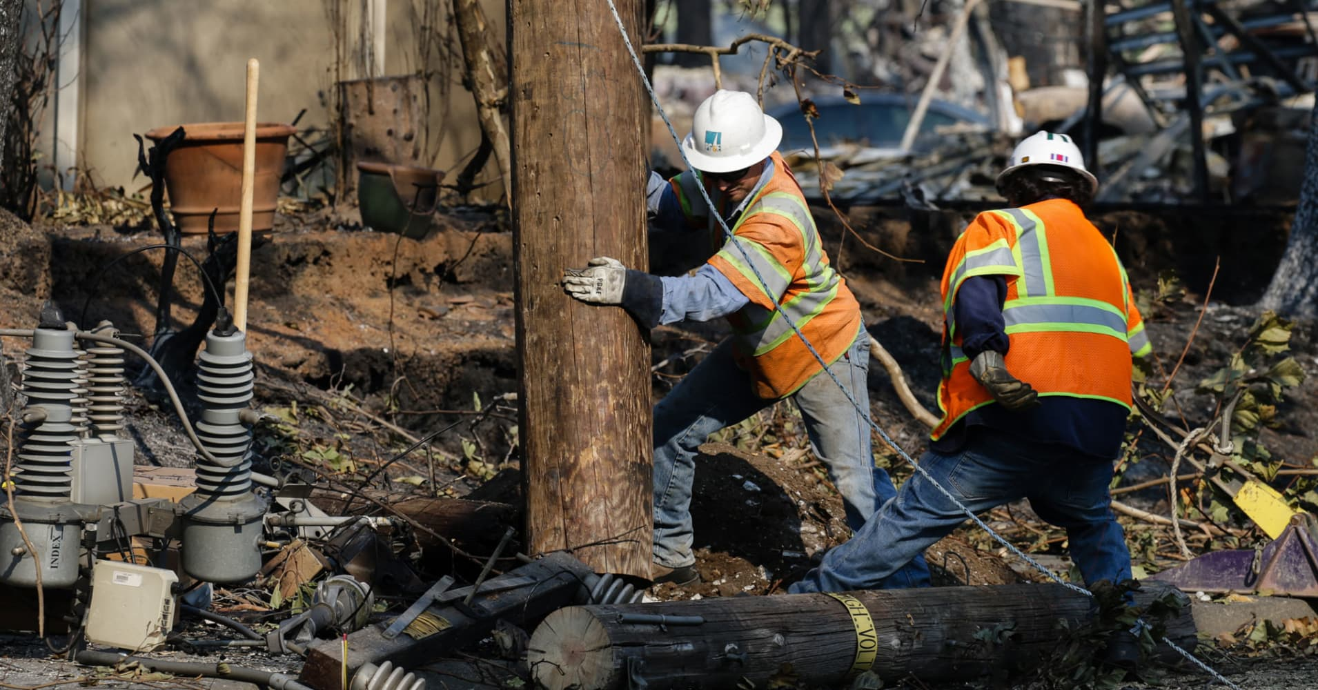 PG&E falls 10% after halting dividend, cites potential liability from October's California fires