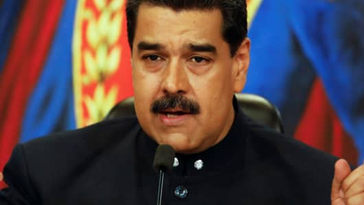 Venezuela's President Nicolas Maduro talks to the media during a news conference at Miraflores Palace in Caracas, Venezuela October 17, 2017.