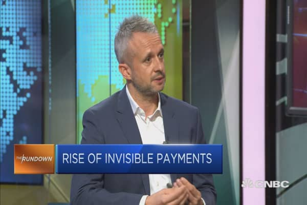 Having a robot manage your payments — will you allow it?