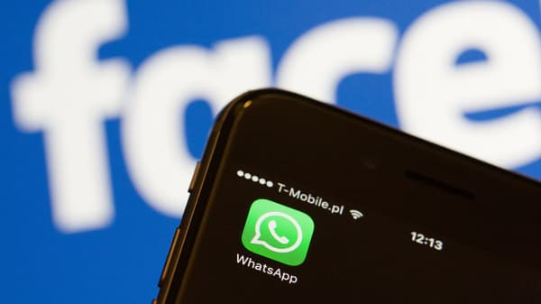 Facebook-owned WhatsApp is being censored in China as the Communist Party congress gets underway.