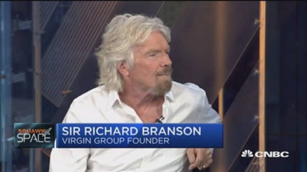 Sir Richard Branson: Elon Musk is 'absolutely fixated' on going to Mars