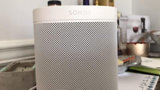 The Sonos One in white
