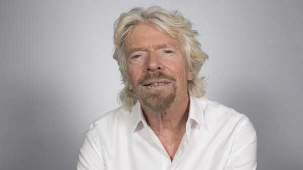 Billionaire Richard Branson says Americans are obsessed with money. Here's why he's not.