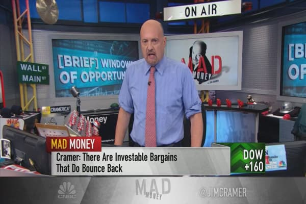 Cramer sees great buying opportunities in 'Washington's shenanigans'