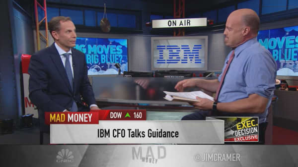IBM CFO Schroeter: Weak dollar gives company strong tailwind