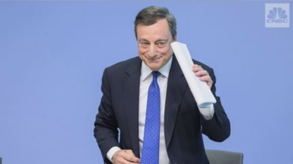 Bitcoin isn't 'mature' enough to regulate: ECB chief Mario Draghi