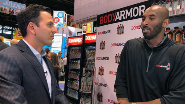 Kobe Bryant speaks with CNBC's Eric Chemi at the 2017 NACS show in Chicago.