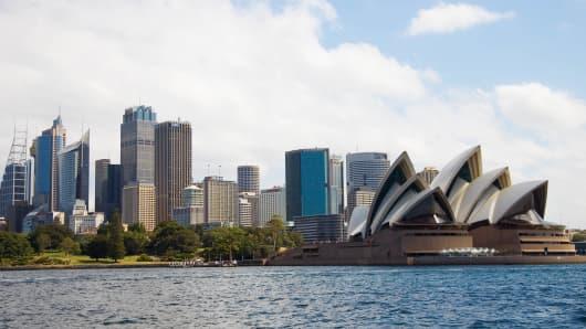 Australian consumer sentiment dipped in April