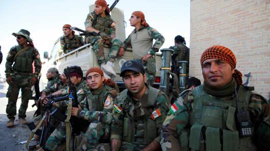 About 100 peshmergas of Kurdistan Freedom Party (PAK) gather near Altun Kupri control point in in Erbil, Iraq on October 19, 2017.