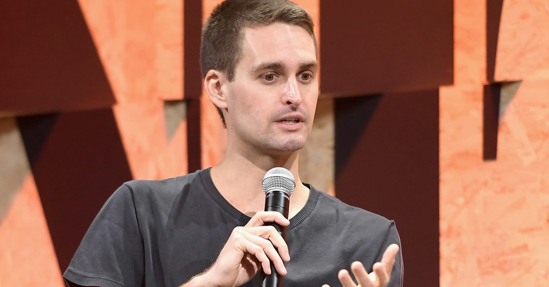 Snap's improved quarter can't hide 'a deeper, way bigger issue'