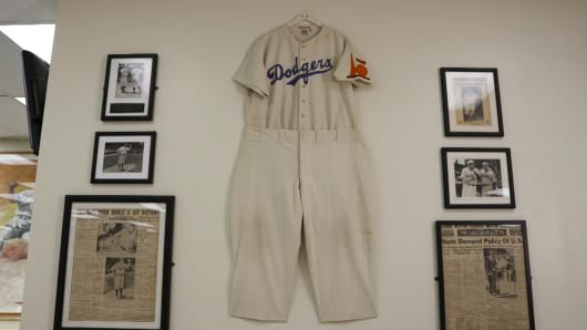 newest d5332 a1b8e See Dodgers fan's rare baseball memorabilia collection