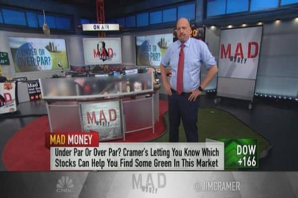 Cramer: How to play these golf stocks