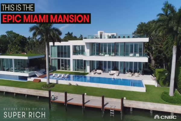 Inside the $29 million Miami mansion where superstar Rihanna filmed a music video