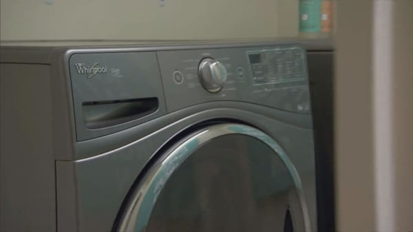 Sears cuts century-old ties with Whirlpool