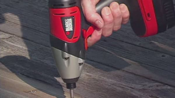 Lowe's to sell Craftsman tool brand