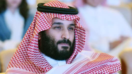 SAUDI PRINCE CONSOLIDATES POWER..........Planning a $500Billion Mega 'Dubai'?