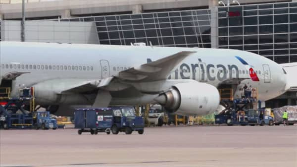 NAACP warns African-Americans against travel on American Air