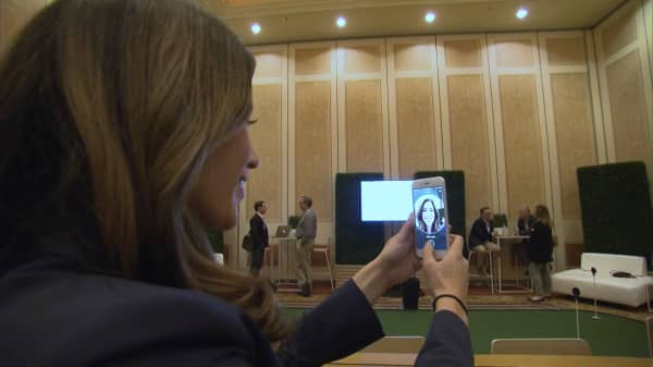 CNBC's Deirdre Bosa tests out Visa's new FaceID authentication