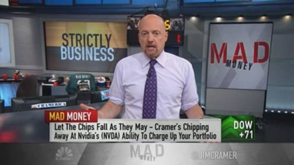 Cramer fights back against his critics on Twitter for making stock-picking personal