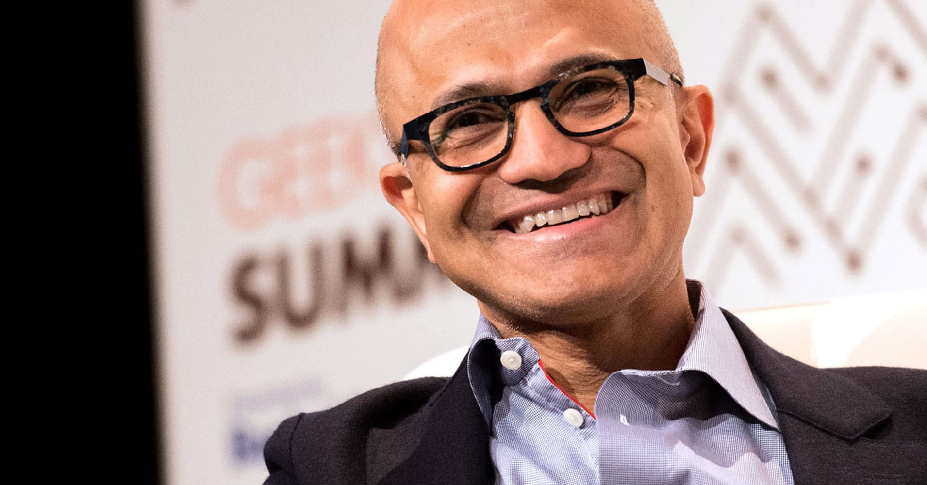 Microsoft says it's picking up more big Azure contracts