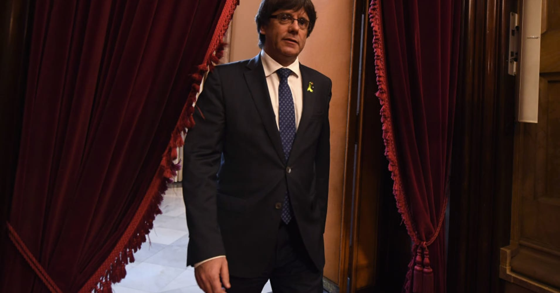 Spain calls for charges against Catalan leaders for 'rebellion and