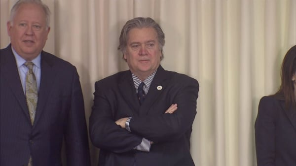 Steve Bannon is reportedly going 'off the chain' to destroy hedge fund giant Paul Singer