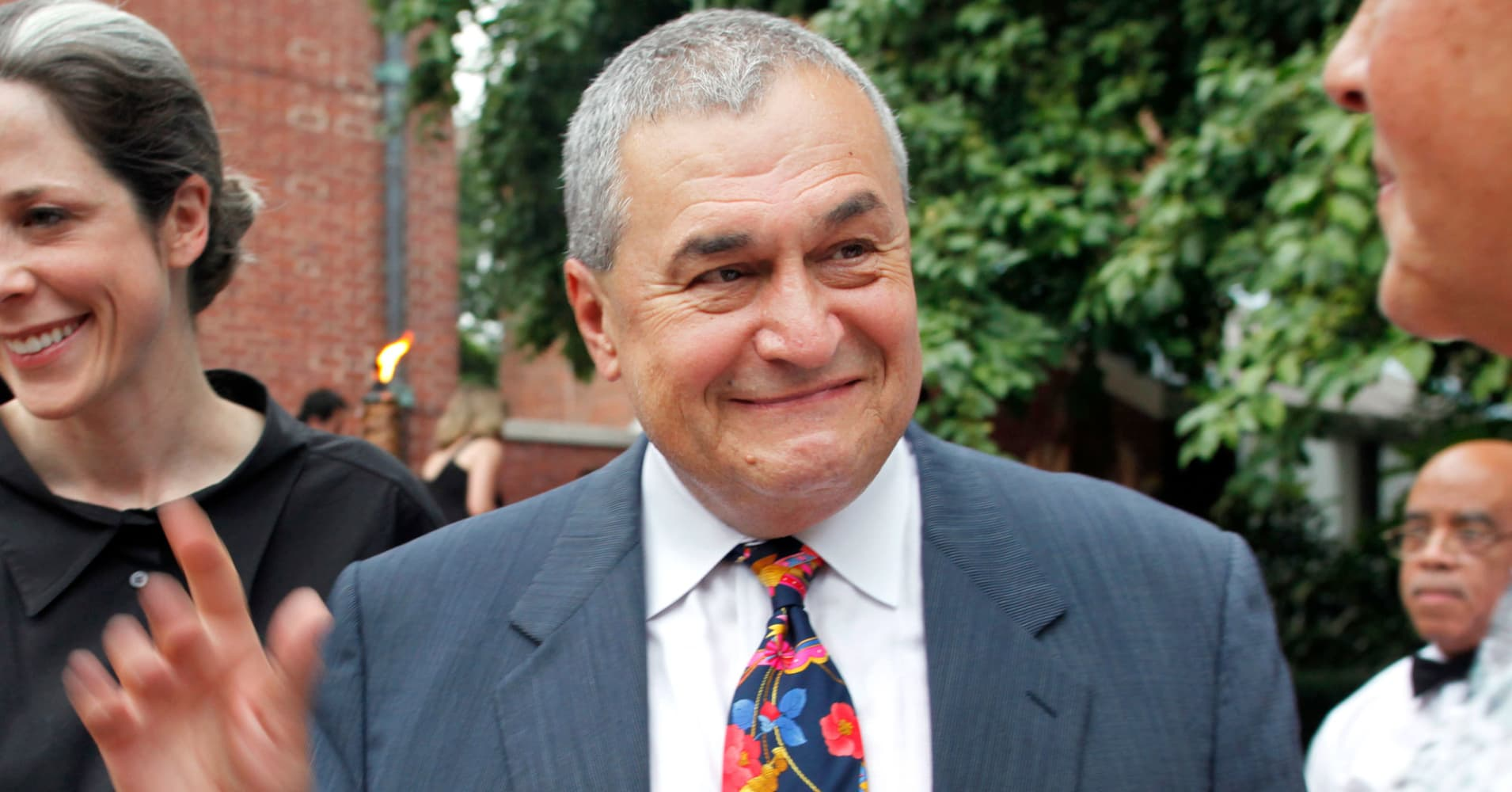 Federal prosecutors said to be investigating lobbyist Tony Podesta after special counsel referral