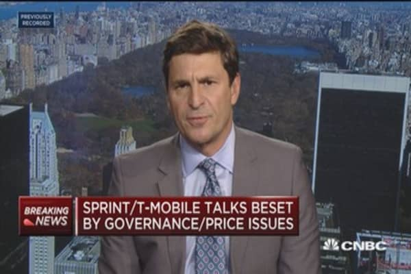 Sprint, T-Mobile talks beset by governance, price issues