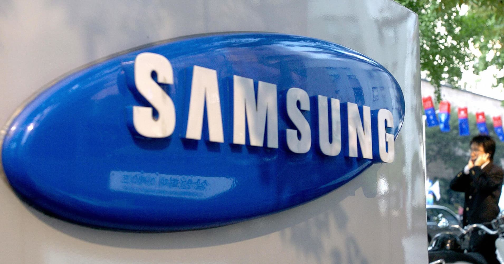 Why Apple's Big Rival Samsung Likely Wouldn't Take a Major Hit from a Chinese Economic Slowdown
