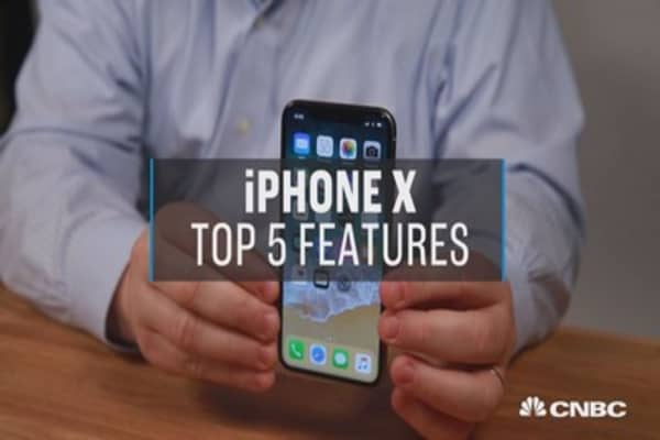 Here are the top 5 features of the new Apple iPhone X