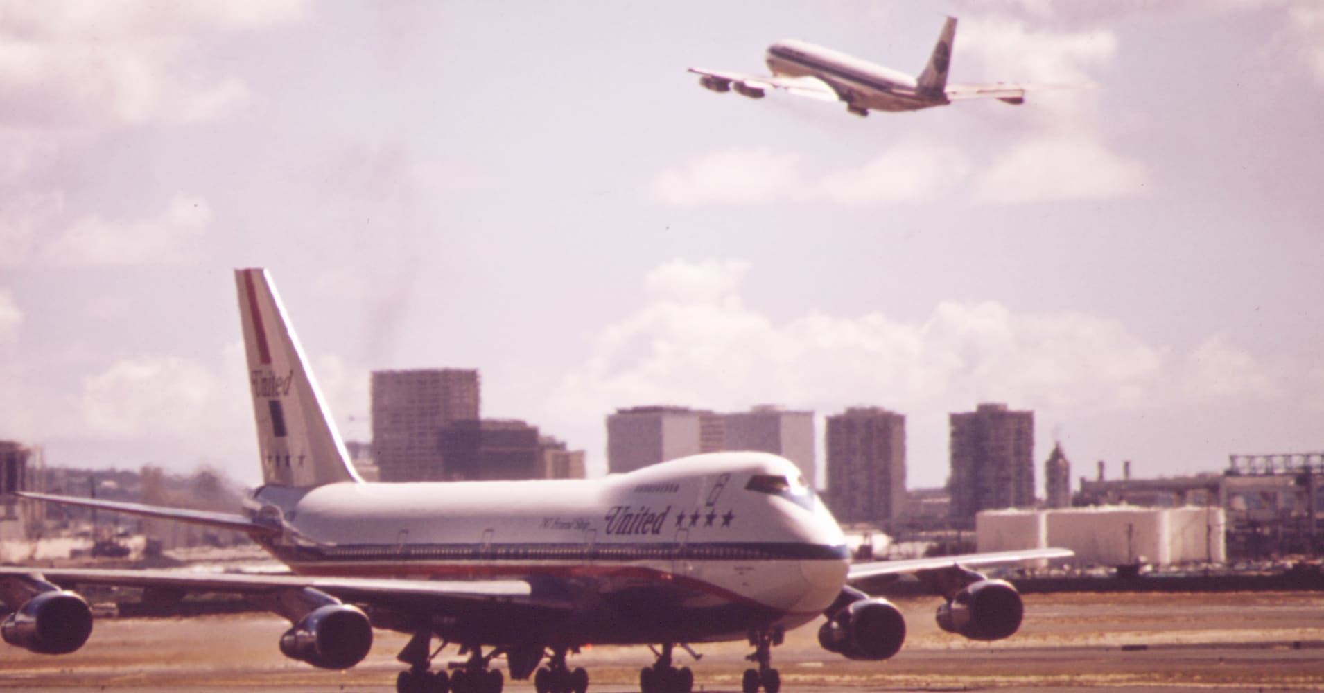 A Boeing 747 in Honolulu, Hawaii in 1973.