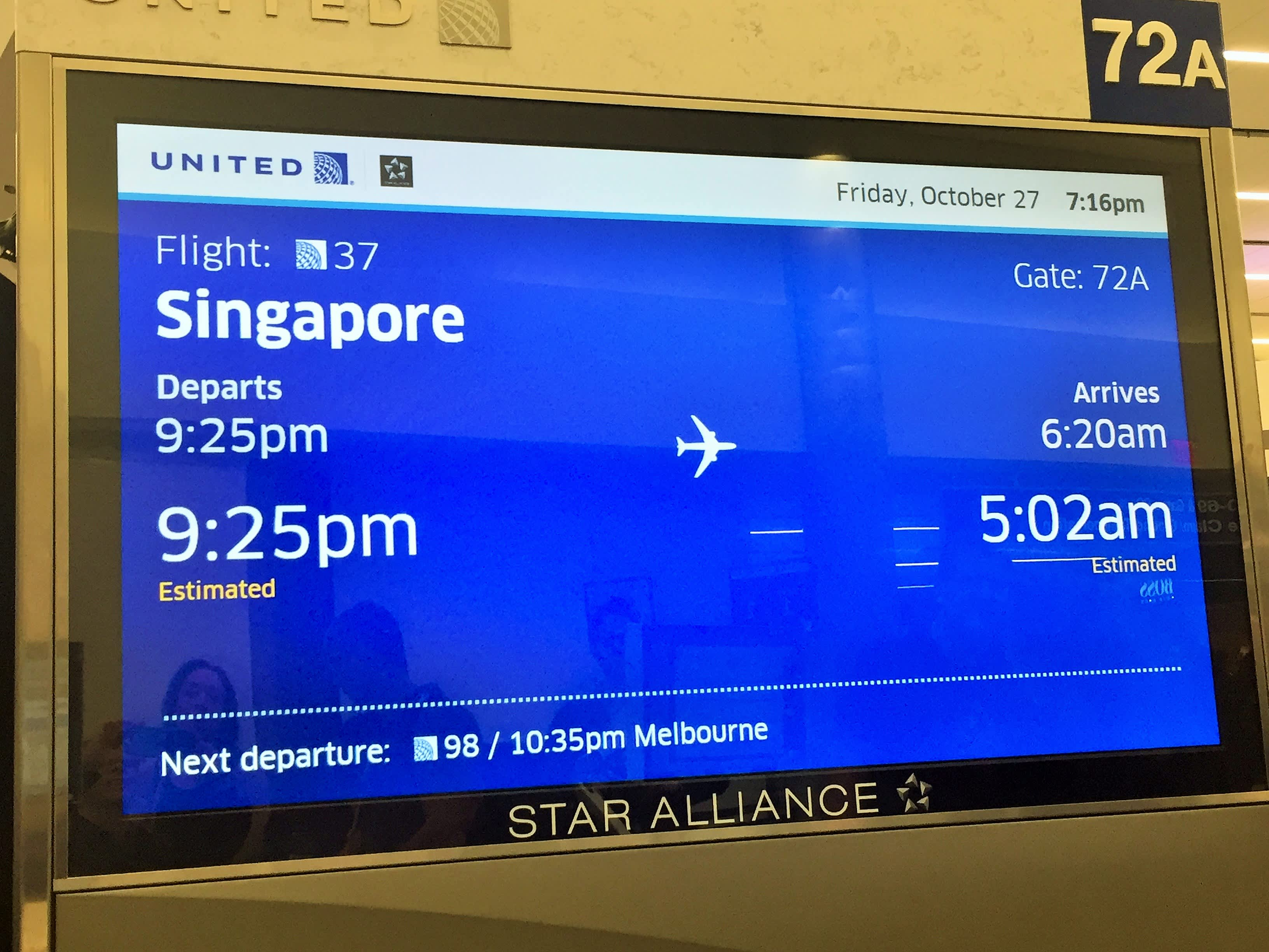 United\'s 18-hour flight to Singapore: 6 fast facts