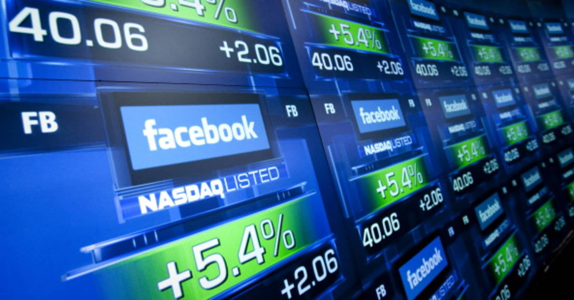 Hedge funds load back up on Facebook shares — these are their favorite stocks