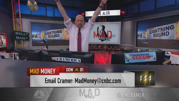 Cramer's lightning round: Why I'm still backing TJX Companies