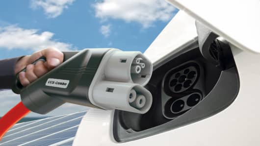 CCS charging technology for e-cars towards 350 kW