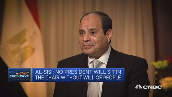 Egyptian president: I will not interfere with the constitution