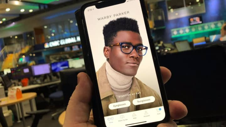 The new iPhone X Warby Parker app