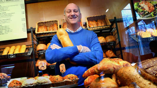 Panera buys Au Bon Pain; founder to exit