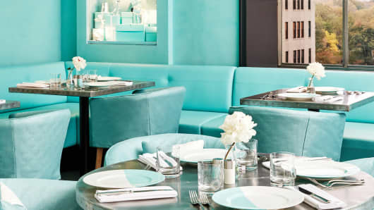 Blue Box Cafe offers breakfast at Tiffany's
