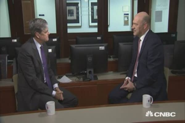 Gary Cohn says he plans to stay at the White House until after tax reform