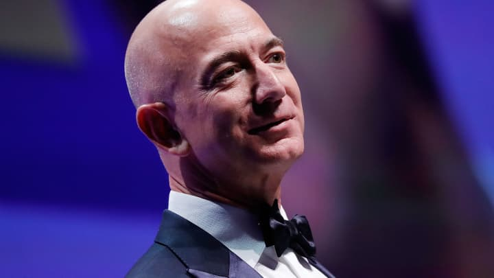 Jeff Bezos, Sheryl Sandberg and 5 other business leaders all prioritize the same habit
