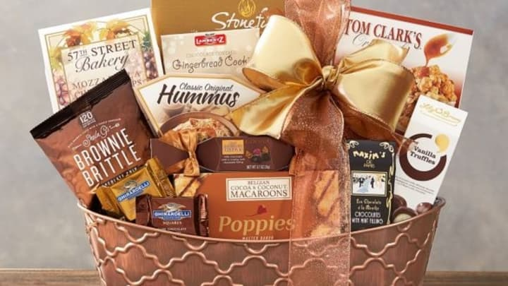 A gift basket - 15 Professional Holiday Gifts For Your Clients Under $50